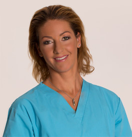 Our Plastic Surgeon Specialist: Dr. Bernadett Lévay